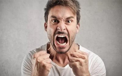 Злобность и агрессивность больных - Лето