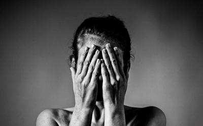 Психогенная депрессия с подавленностью и повышенной тревожностью - Лето