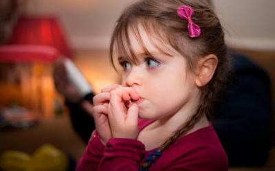 Аутоагрессия у ребенка: что это такое - Лето